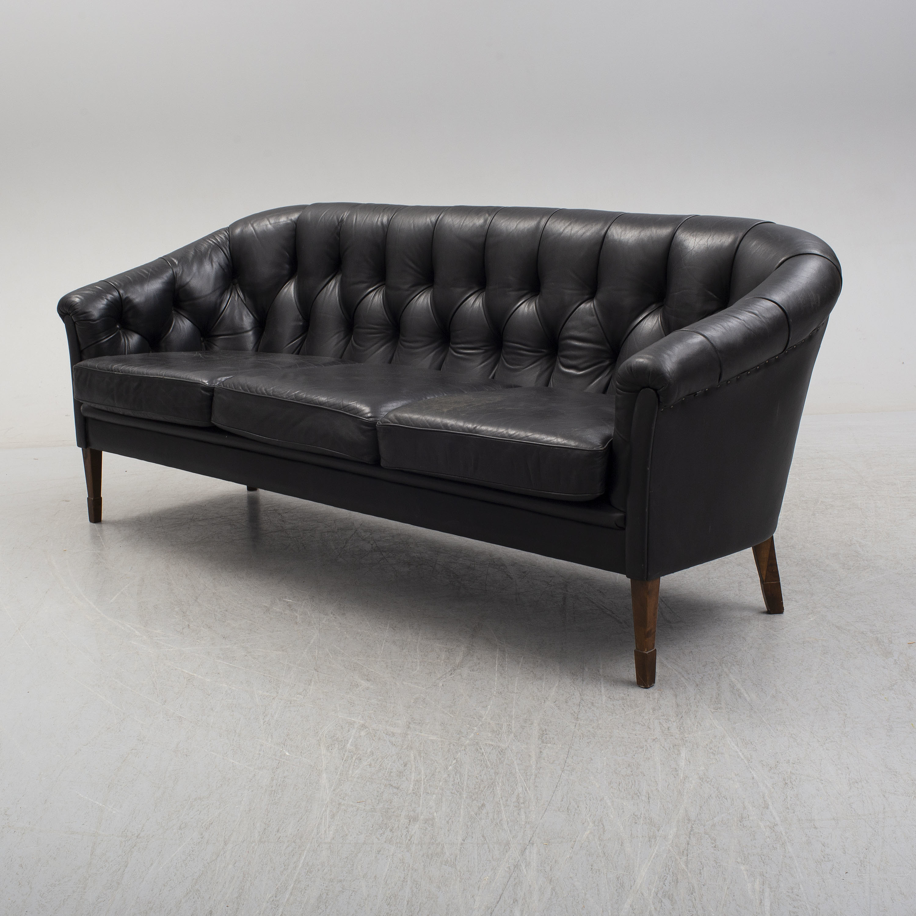A leather upholstered sofa, second half of the 20th Century ...