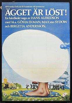 """""""ÄPPELKRIGET"""" SAMT """"ÄGGET ÄR LÖST"""", filmaffischer, AB Svenska Ord, 1971 och 1975."""