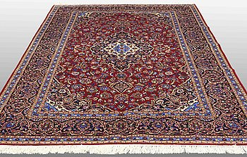 A carpet, Kashan, around 316 x 213 cm.