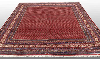 A carpet, Sarouk-Mir, around 314 x 255 cm.
