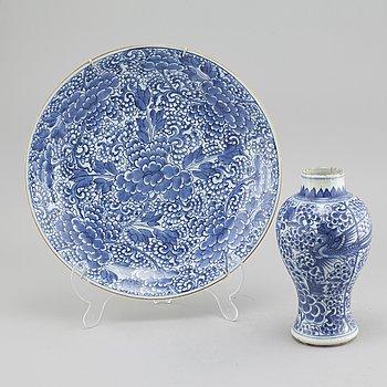FAT OCH VAS, porslin, Kina, Qingdynastin, 1700-tal.