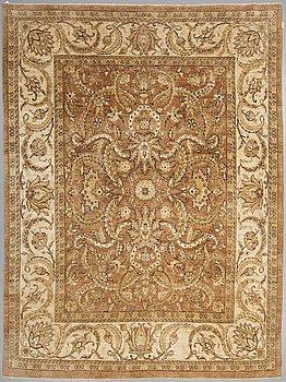 MATTA, Ziegler design, ca 325 x 248 cm.