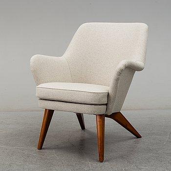 A 'Pedro' easy chair by Car Gustaf Hiort af Ornäs, Puunveisto Oy - Träsnideri Ab, mid 1940s.