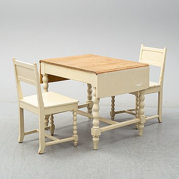 A set of table and two chairs, baroque-style, 20th century.