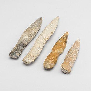 DOLKAR - SPETSAR, 4 stycken, flinta, sannolikt neoliticum / neolitikum.