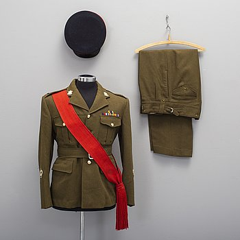 "UNIFORM, brittisk, ""Army No 2 dress""."