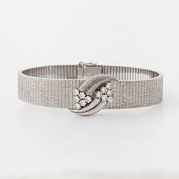 Armband, med 12 briljantslipade diamanter totalt ca ca 0.50 ct.