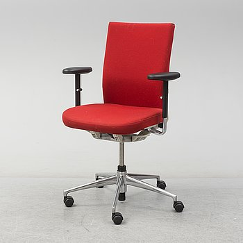 An 'Axess Plus Chair' by Antonio Citterio for Vitra.