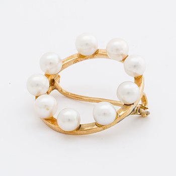 BROOCH 18K gold cultured pearls approx 4,5 mm.
