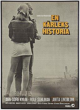 A movie poster from 'En kärlekshistoria', Europa Film, AB Kopia Sthlm, 1970.