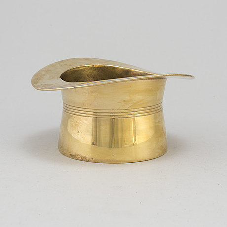 A 20th century brass wine cooler