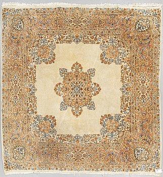 MATTA, Old Kirman, ca 218 x 214 cm.