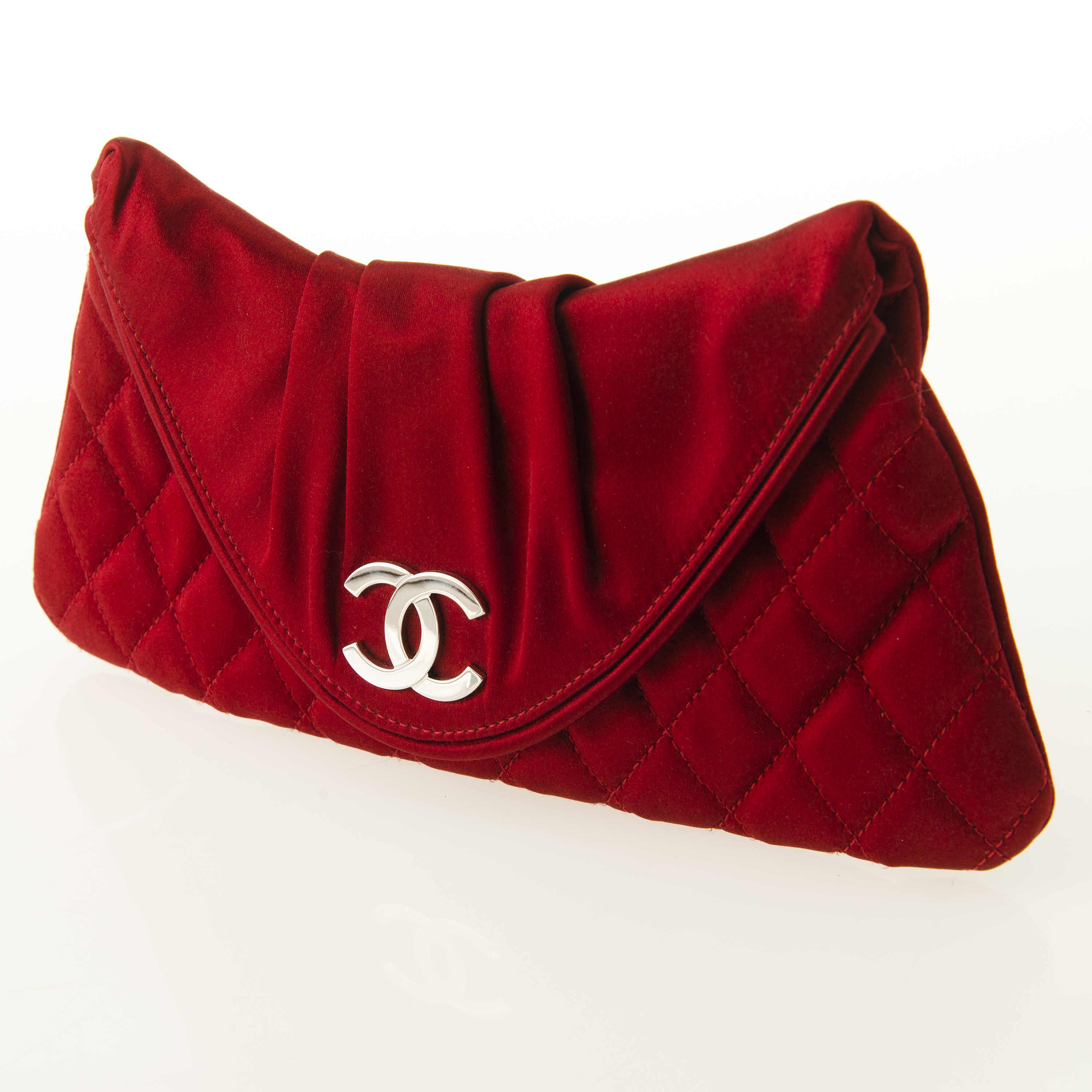 CHANEL Red Satin Evening Bag. - Bukowskis 084540cbd0424