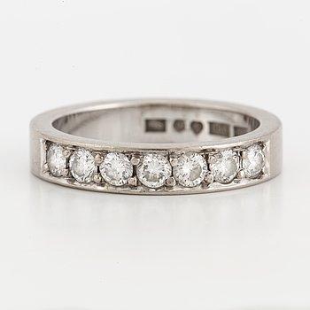 ALLIANSRING,  Strömdahl, med briljantslipade diamanter 0,56 ct enligt gravyr.