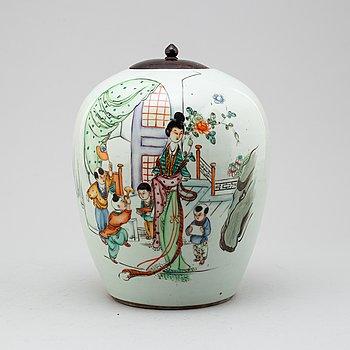 URNA, porslin, Kina, 1900-tal.