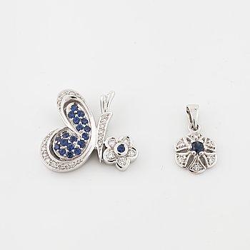 HÄNGEN, 2 st, med safirer och briljantslipade diamanter.