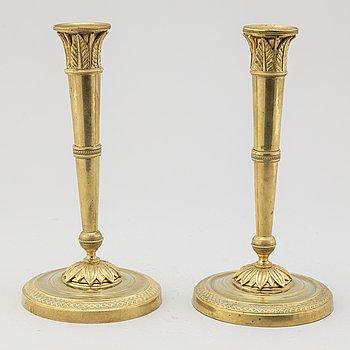 LJUSSTAKAR, ett par, Directoire, Frankrike, omkring år 1800.