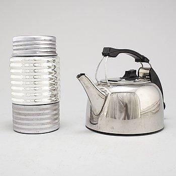 WILLIAM MORRIS RUSSELL  vattenkokare, modell K2, för Russel Hobbs Co 1960, termos medföljer.