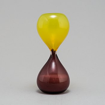 A second half of the 20th century 'Clessidra' glass hourglass by Venini, Murano, Italien.