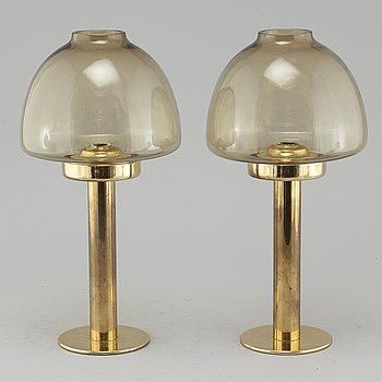 """HANS-AGNE JAKOBSSON, ljuslyktor, ett par, """"L 102/32"""", Markaryd, 1900-talets andra hälft."""