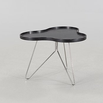 """A """"Flower"""" coffee table by Christine Schwarzer for Swedese, 21st century."""