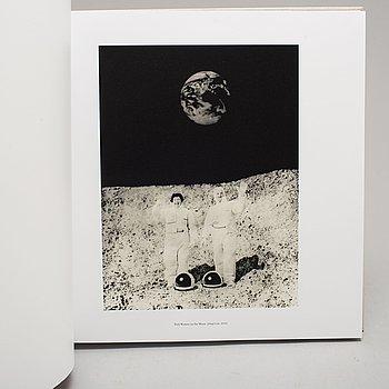 HELENA BLOMQVIST, fotografi, bibliofilutgåva med bok och pigment print signerad och numrerad 71/100.