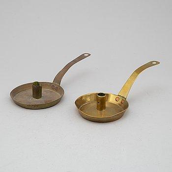 NATTLJUSSTAKAR, 2 st, mässing, 1700-tal.
