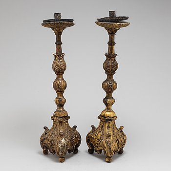 A PAIR OF WOODEN BAROQUE CANDLESTICKS,  17th century.