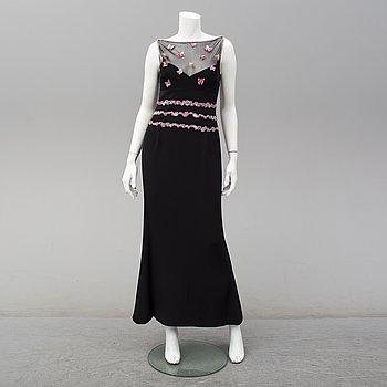 ESCADA, a silk evening gown, size 36.