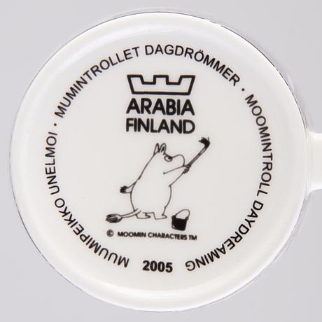 Moomin-mug, porcelain, 'moomintroll daydreaming', moomin characters, arabia 2005.