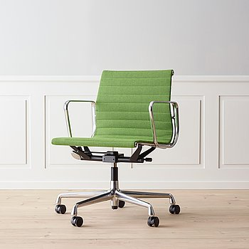 An 'EA 117' office chair by Charles & Ray Eames, Vitra.