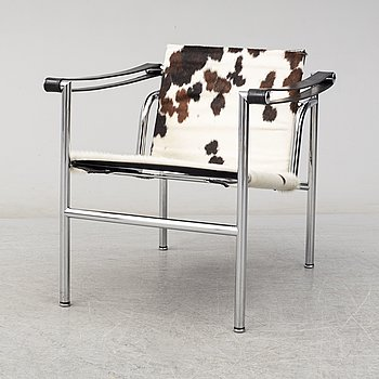 A 'LC-1' easy chair by Le Corbusier, Cassina, Italy.
