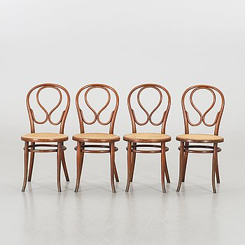 A SET OF 4 THONET CHAIRS.