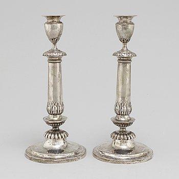LJUSSTAKAR, ett par, silver, tidigt 1800-tal, Frankfurt am Main.