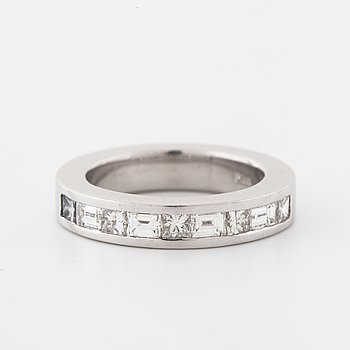 A princess- and baguette-cut diamond ring.