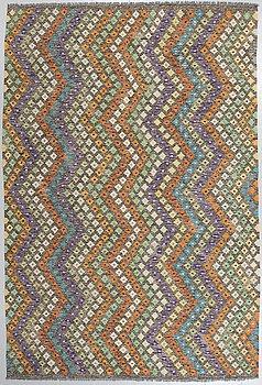 MATTA, Kelim, 309 x 206 cm.
