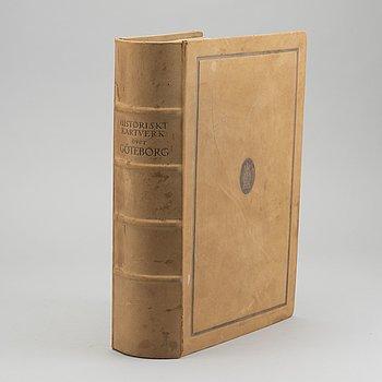 """KARTVERK, """"Historiskt kartverk över Göteborg"""", numrerad 246/400, 1923."""