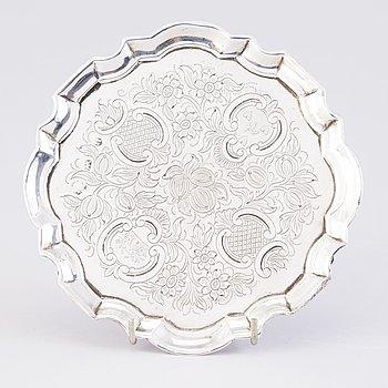 VISITKORTSBRICKA, silver, London 1732.