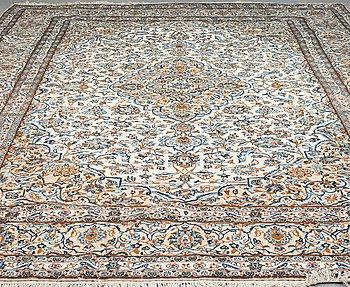 MATTA Keshan, ca 396 x 290 cm.