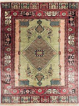 MATTA, orientalisk. Sarakhsse. Silke. Ca 125x97 cm.