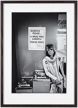 ETHAN RUSSELL, archival pigment print, signerad, daterad 1972 och numrerad 9/40,