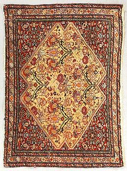 An antique Malayer Poshti carpet ca 67 x 93 cm.