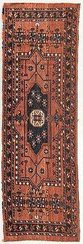 An antique Ersari runner ca 60 x 182 cm.