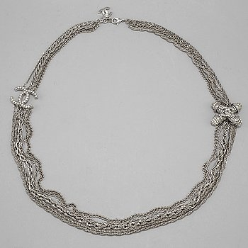 A Chanel necklace, bijoux 2008.