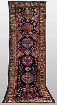 GALLERIMATTA, old Malayer, ca 400 x 122 cm.