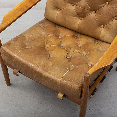 A 'läckö' easy chair by ingemar thillmark for ope möbler, second half of the 20th century.