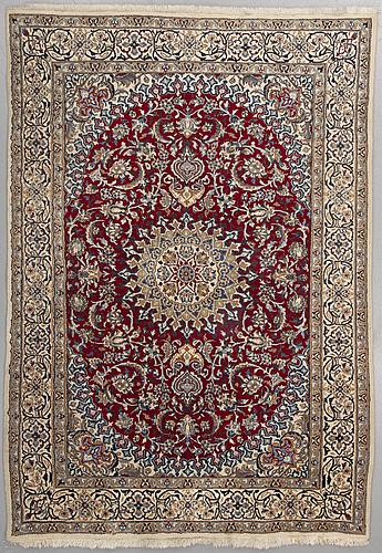 A najafabad/nain tabas rug, 285 x 192 cm.