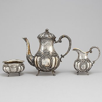 A 3-piece silver coffe service. Weight ca 1270 g.