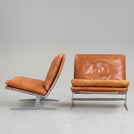 "Preben fabricius & jørgen kastholm, fåtöljer, ett par ""bo 561"", bo-ex, danmark 1960-70-tal."