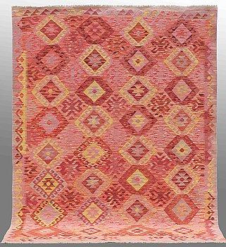 A carpet, Kilim, ca 294 x 215 cm.